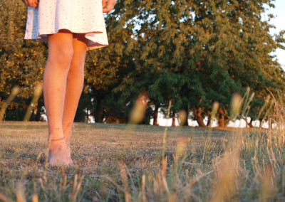 Villa-Lafage-country-house-girl-legs