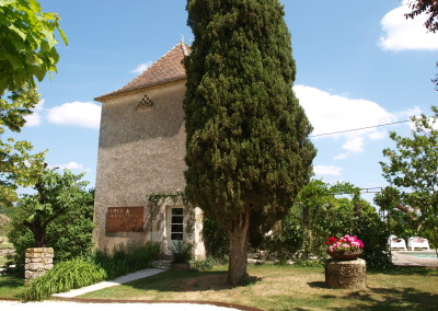 Villa Lafage - pigionnier - entrance - 1000x750.JPG